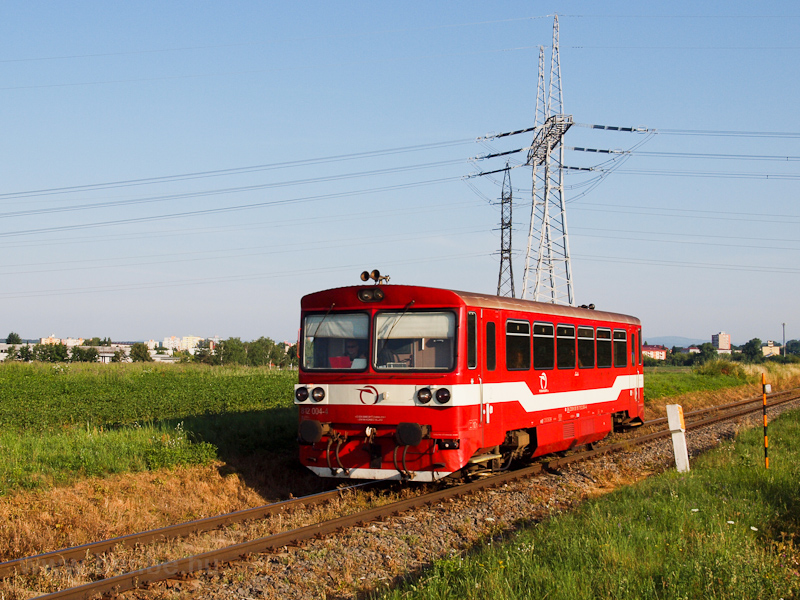 The ŽSSK 812 004 seen  photo