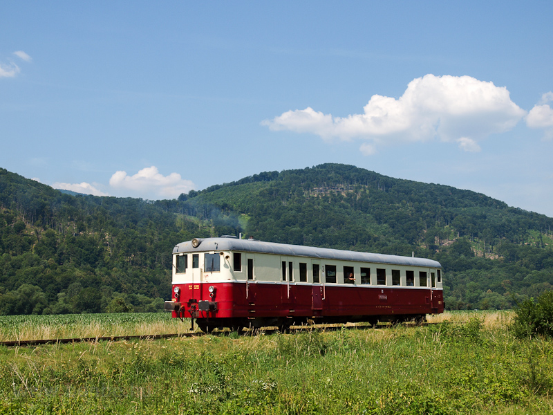 The KŽC Doprava M 262 0124 seen between Revúca and Muránska Dlhá Lúka photo