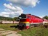 A ŽSSK 750 300-6 Fülek állomáson