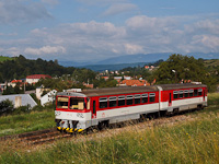 The ŽSSK 913 008-9 seen between Jalovec and Ráztočno