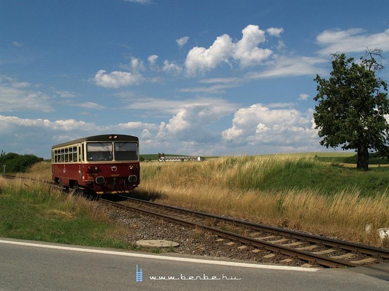 810 453-1 Sajórecske megállóhelyre érkezik Kassa felõl fotó