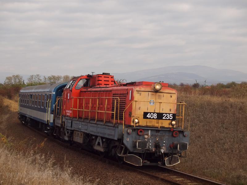 A MÁV-TR 408 235-ös Púpos V fotó