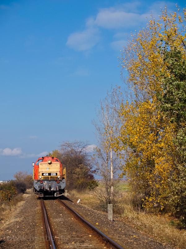 A MÁV-TR 408 235-ös Púpos Jászárokszállás és Jászdózsa között  fotó