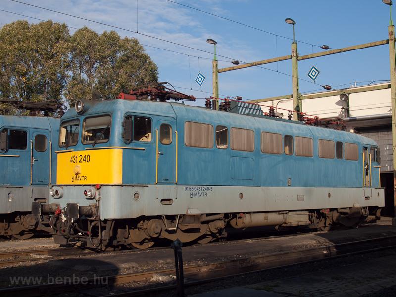 A MÁV-TR 431 240-es Szili H fotó