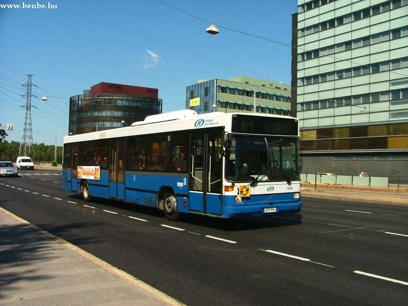 Volvo autóbusz Helsinki Munkkiniemi negyedében fotó
