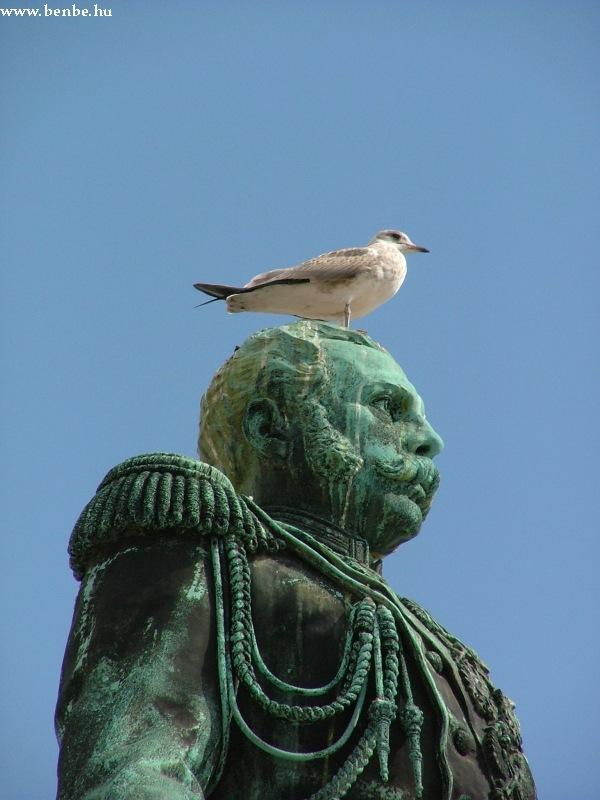 II. Sándor cár szobra Helsinkiben fotó