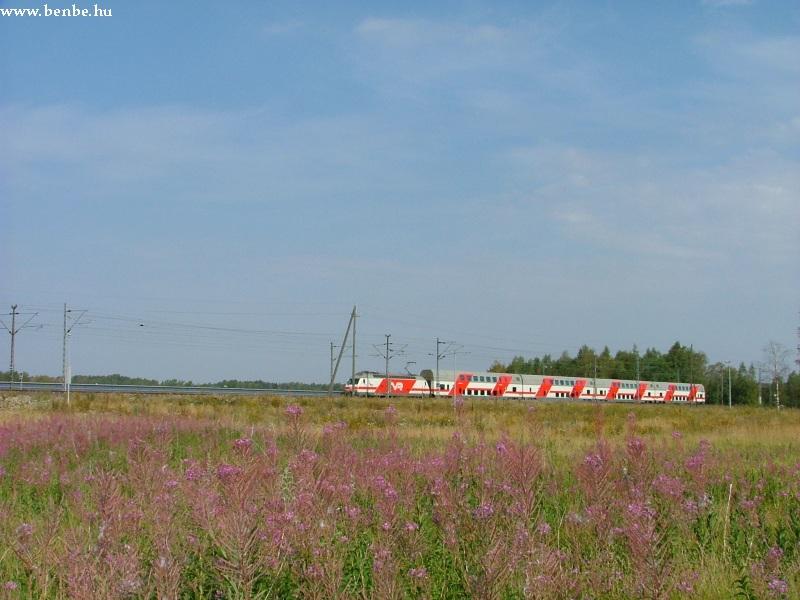 InterCity2 halad Hiekkaharju közelében fotó