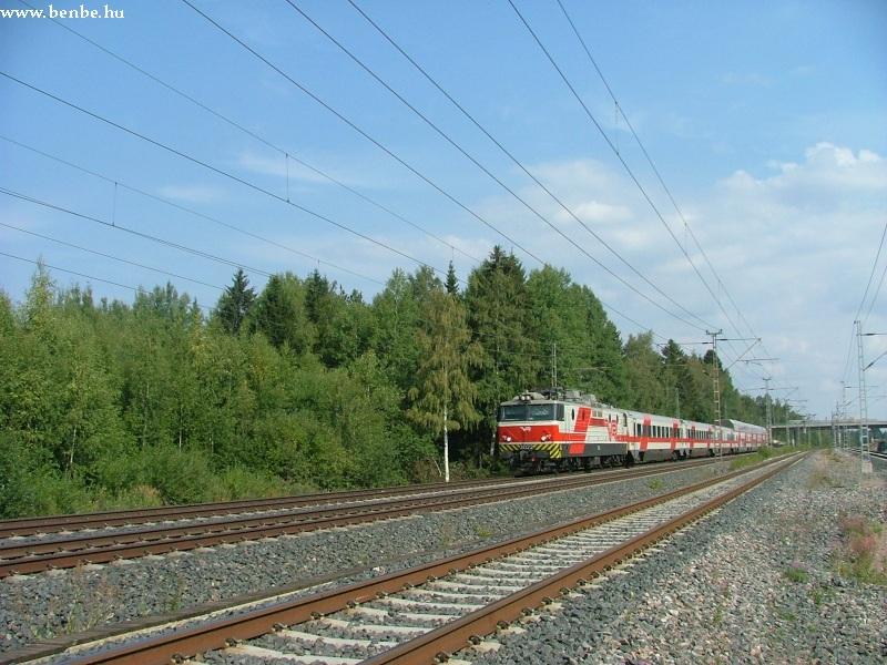 Sr1 által vontatott InterCity Hiekkaharju és Koivukylä között fotó