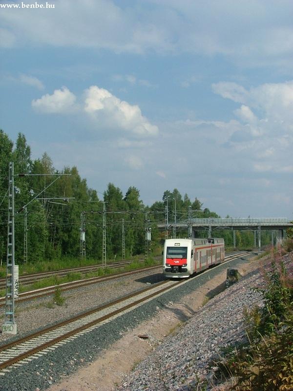 Sm4 motorkocsi tart Koivukylä megállóhely felé fotó