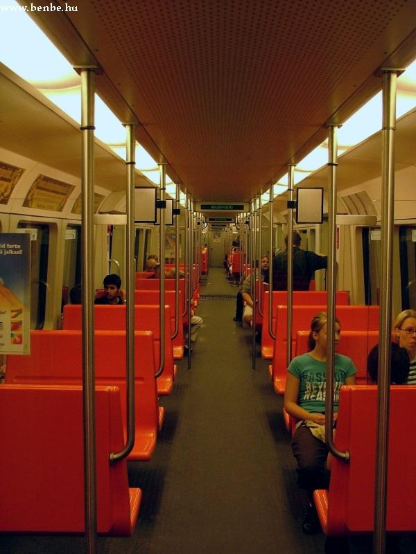 Bombardier metrókocsi beltere Helsinkiben fotó