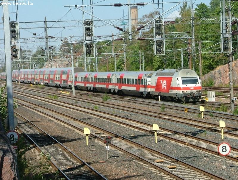 Sr2 mozdony húzza IC vonatát Helsinkibe fotó
