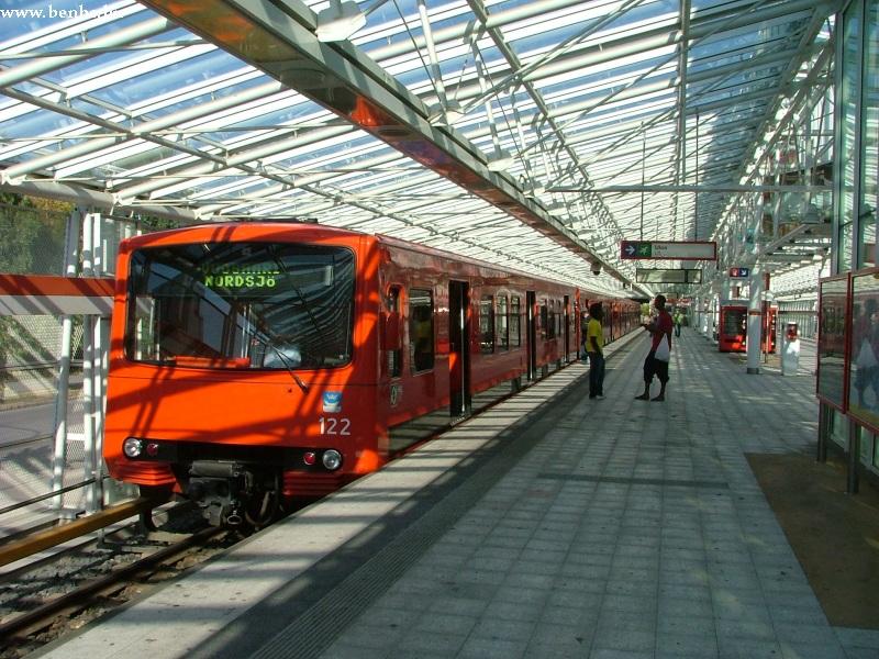 Régi metrószerelvény Vuosaari végállomáson fotó