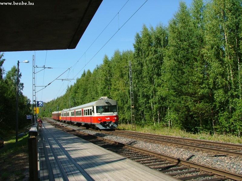 Sm1+Sm2 vegyes összeállítású vonat Mankkinál fotó