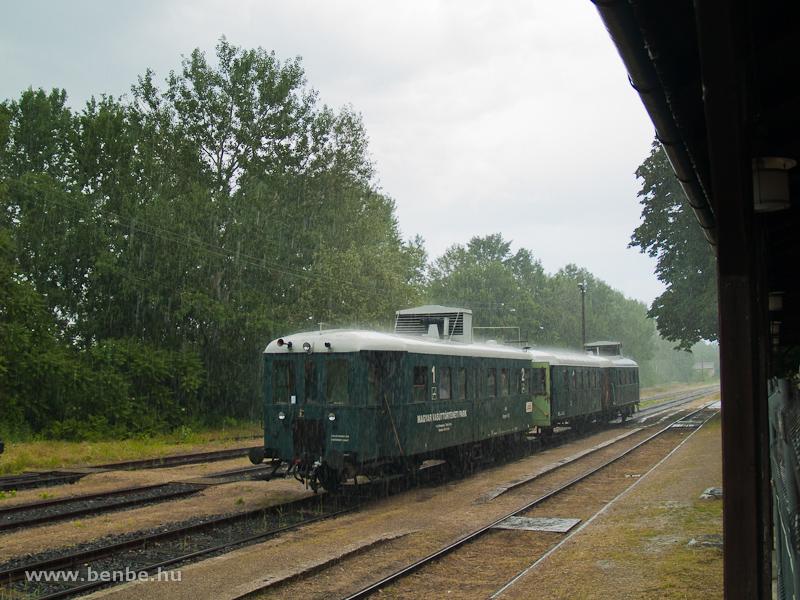 Az eső akadályozza a fotózást Kalocsán fotó
