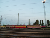 RCH Laminatkas and a M�VCargo Taurus at Ferencv�ros
