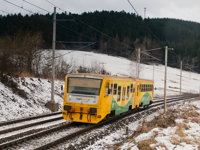 The ČD 914 077-3 seen  photo