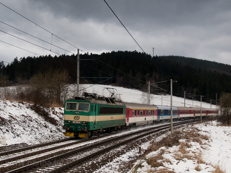 The ČD 162 035-0 seen  picture