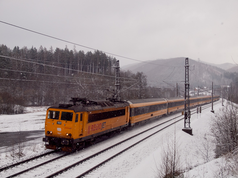 The RegioJet 162 115-0 seen photo
