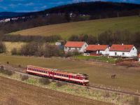 The ČD 854 012-2 seen between Tetčice and Omice
