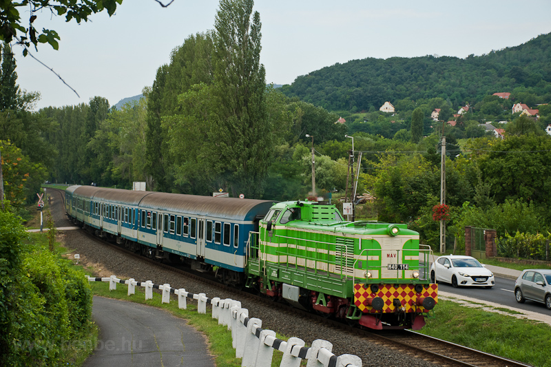 The MÁV M40 114 seen between Badacsonyörs and Ábrahámhegy photo
