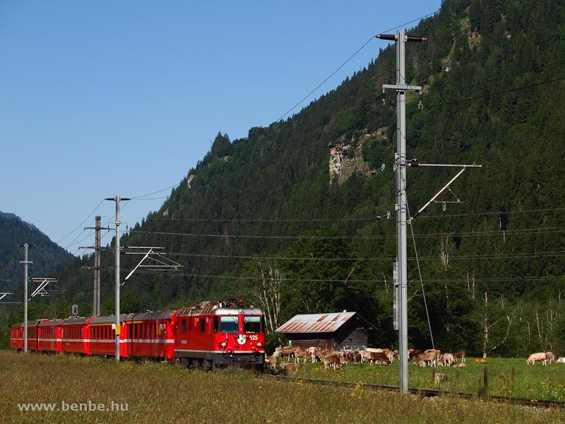 Az RhB Ge 4/4 II  625  Küblis  Tavanasa-Breil/Brigels és Waltensburg/Vuorz között fotó