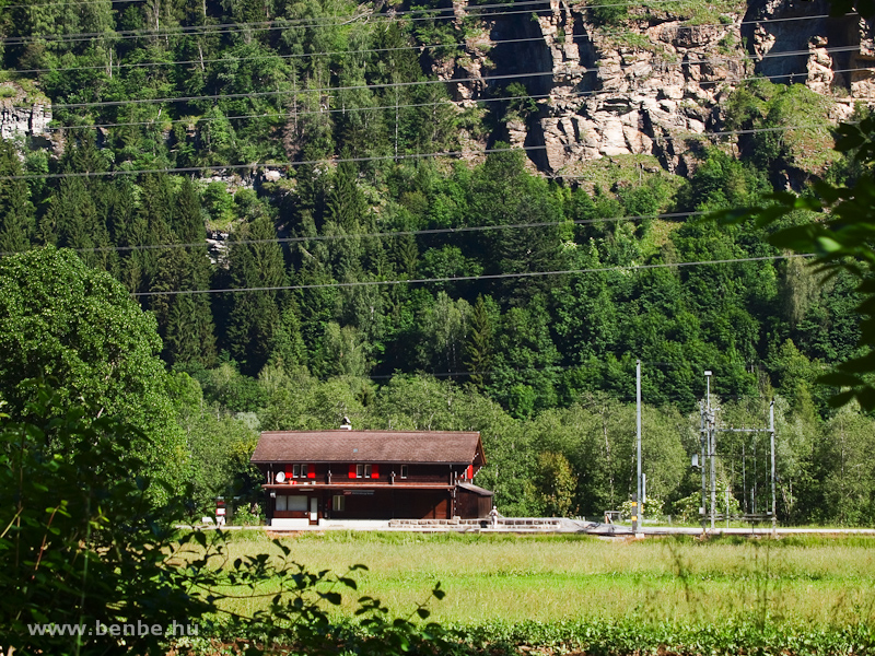 Waltensburg állomása a fotóhelyre vezető ösvényről fotó