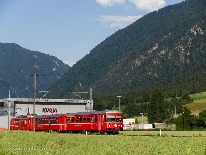 A Be 4/4 514-es S-Bahn Felsberg és Domat/Ems között fotó