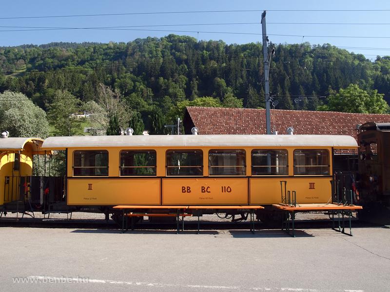 Berninabahn nosztalgia-szem�lykocsi Ilanzban fot�