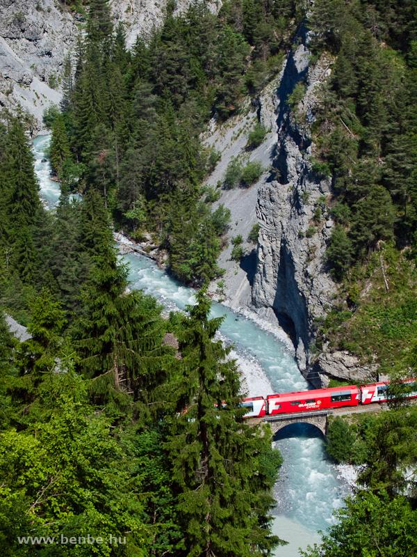 A Glacier-Express Trin és Versam-Safien között fotó