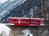 A Rhätische Bahn ABe 8/12 3508 Punt Muragl Staz és St. Moritz között az Inn-viadukton
