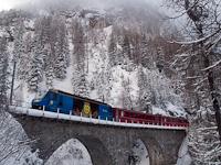 The Rhätische Bahn Ge 4/4<sup>III</sup> 653 seen between Muot and Preda on the Albula-IV viadukt