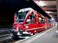 A Rhätische Bahn ABe 8/12 3510 Tirano állomáson