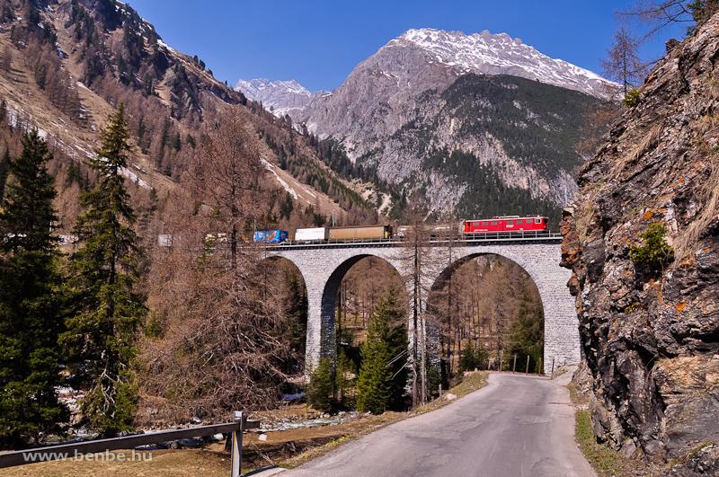Az RhB Ge 6/6 II  706 az Albula-III viadukton fotó