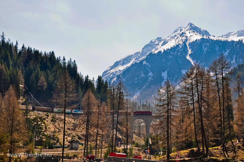 Az RhB Ge 6/6 II  704 az Albula-III viadukton fotó
