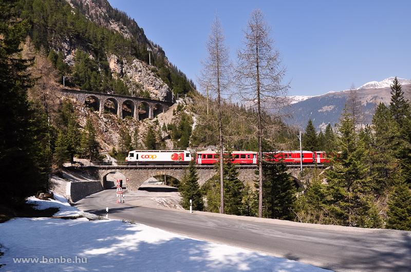 A Ge 4/4 III  641 az Albula-I viadukton Muot és Preda között fotó