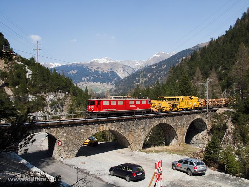 A Rhätische Bahn tehervonat fotó