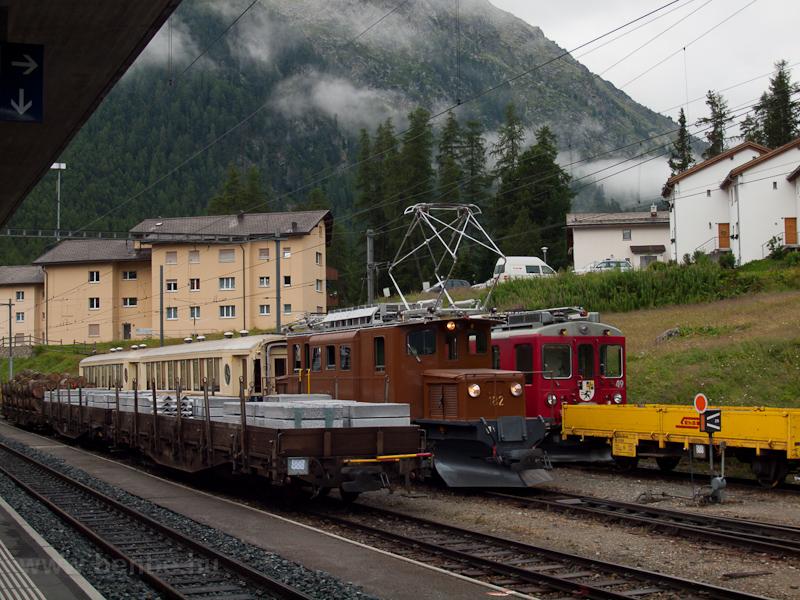 Az RhB Ge 4/4 182 (Berninabahn Ge 4/4 82) Pontresinában fotó