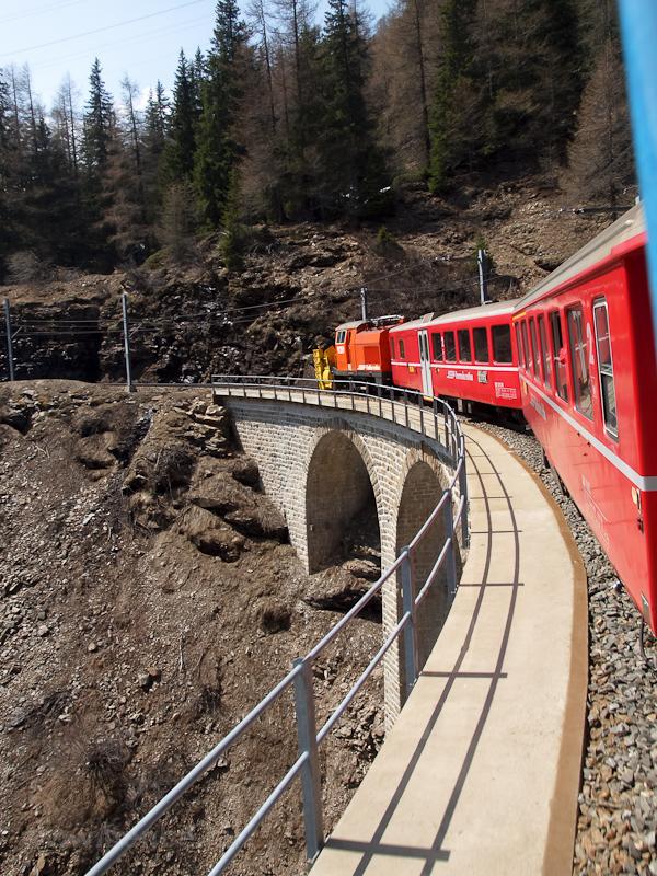 Bernina-hómaró (Xrotet 9219 fotó