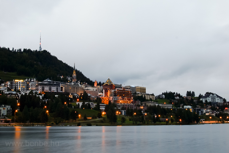 The view of Sankt Moritz by night photo