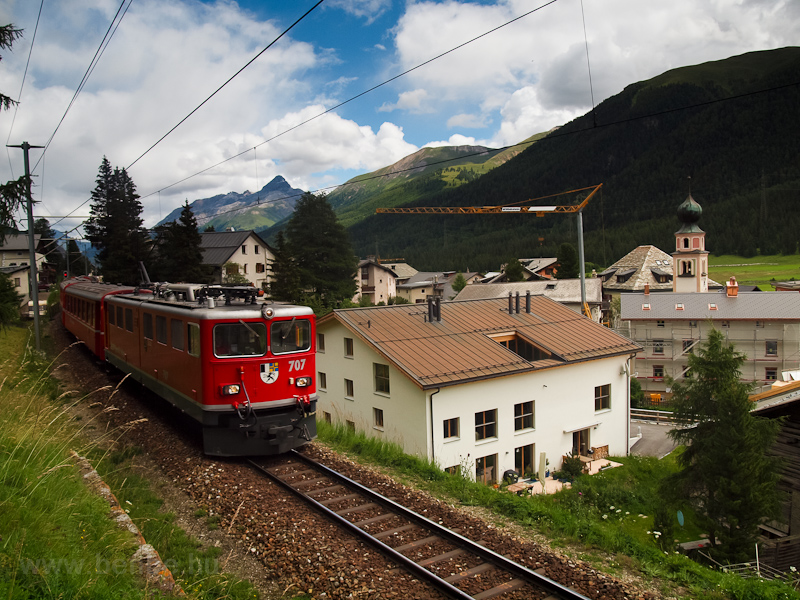 A special catch: the Ge 6/6 II  707 seen hauling an Engadin Star through Madulain photo