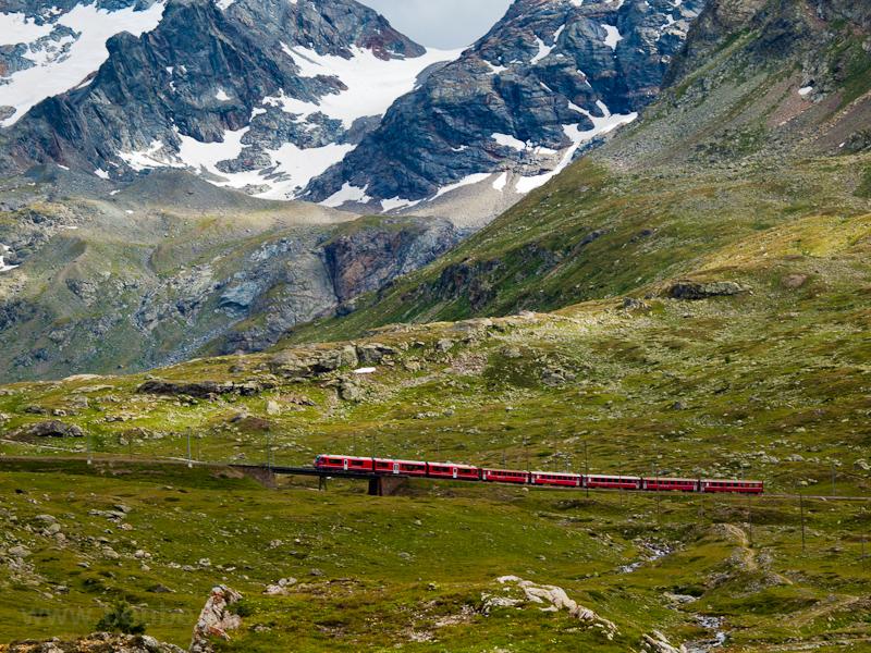 Az RhB ABe 8/12 3513 Bernina Lagalb és Ospizio Bernina között fotó