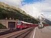 Az RhB ABe 8/12 3502 Bernina Suot állomáson