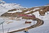 *Az RhB ABe 8/12 3507 pályaszámú Allegra motorvonat Bernina Lagalb és Ospizio Bernina között