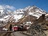 Az ABe 4/4<sup>III</sup> 54 és 52 a Bernina-Express panorámavonattal Alp Grüm állomáson