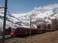 The ABe 8/12 3503 has arrived at Alp Grüm