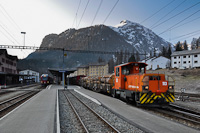 The ABe 8/12 Allegra and the Tm 2/2 113 seen at Pontresina/Puntraschigna station