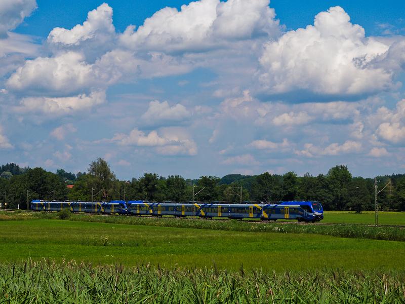 Meridian FLIRT3 motorvonatok Prien am Chiemsee és Bernau am Chiemsee között fotó