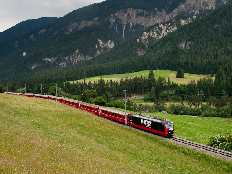 A Rhätische Bahn Ge 4/4 III  648  Lanxess  Surava és Tiefencastel között fotó