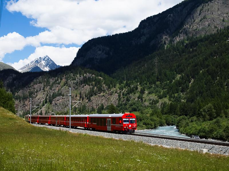 A Rhätische Bahn (RhB) BDt 1751 Susch és Zernez között fotó