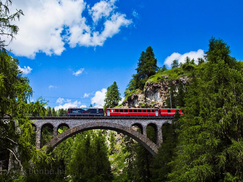 A Rhätische Bahn Ge 4/4 II  fotó